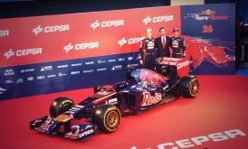 Presentación coche equipo Toro Rosso 2014-2015
