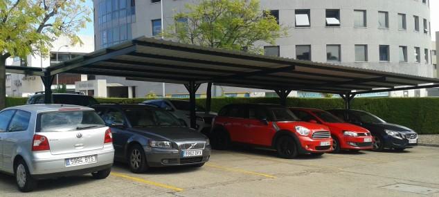 Fabricación y montaje cubierta parking plato Indalo y Media